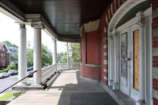 150 Stratford Ave - Photo 6