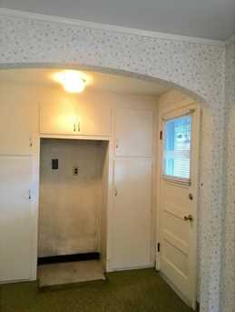 300 Fairview Ave - Photo 8