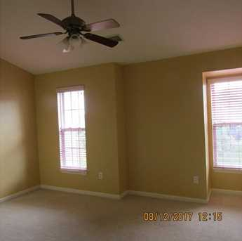 8901 Lost Valley Dr - Photo 10