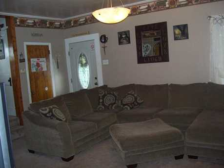 315 4th Ave - Photo 4