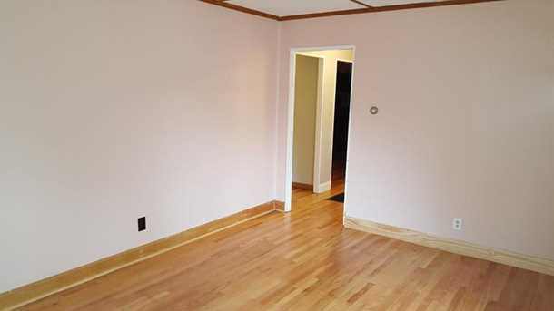 257 Ashford Ave - Photo 2