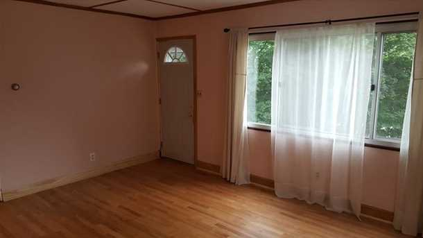 257 Ashford Ave - Photo 4