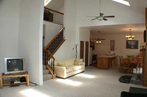 1590 Snowfield Terrace - Photo 4