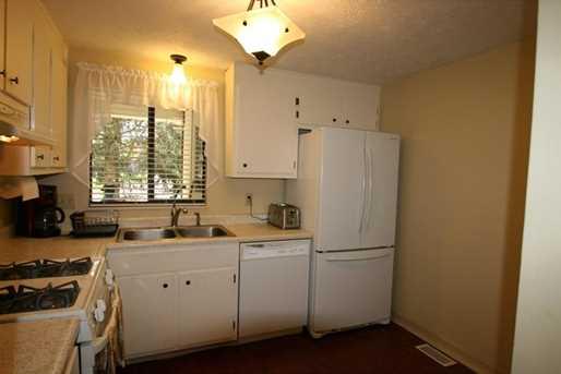 4406 Laurel Oak Dr - Photo 10