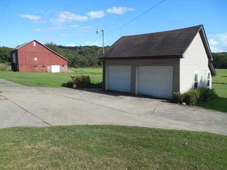 1397 Perry Highway - Photo 20