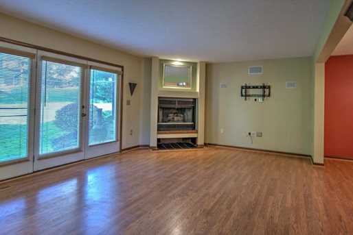 601 Forest Edge Ct - Photo 4