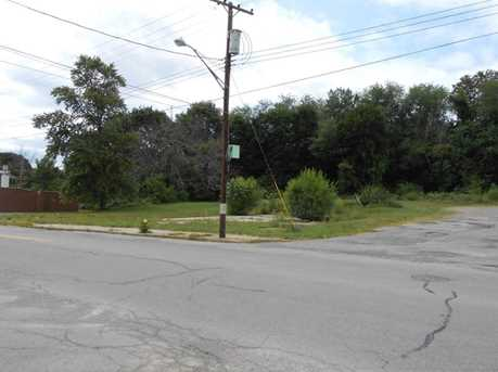 819 N Croton Avenue - Photo 2