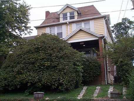 1409 Muldowney Ave - Photo 2