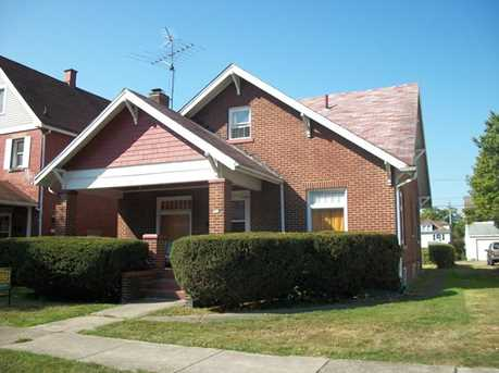 214 Cedar Ave - Photo 1