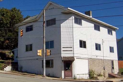 779 Highland Ave - Photo 2