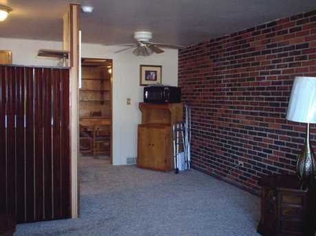 961 Colonial Manor Rd - Photo 4