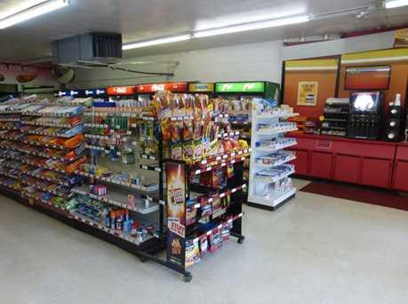 2620 Rochester Rd - Photo 6