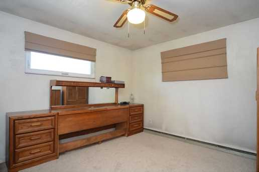 810 6th Ave - Photo 12