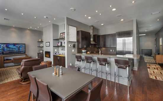 301 5th Ave #709 - Photo 2
