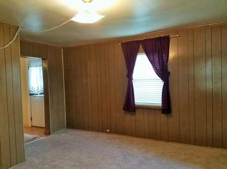 319 Torrence Ave - Photo 6