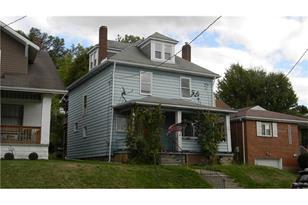1724 Victoria Ave - Photo 1