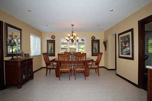 925 Golfview - Photo 14