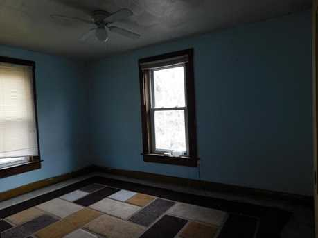 326 Elm St - Photo 10