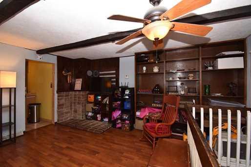 584 Delaware Ave - Photo 10