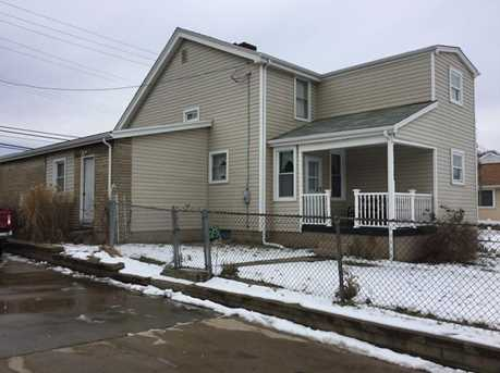 162 6th Ave - Photo 2