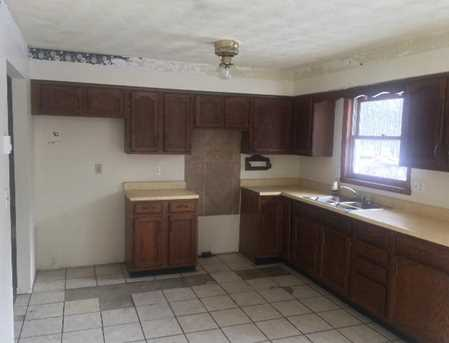 556 Indian Dr - Photo 4