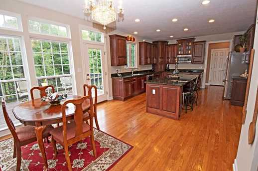 107 Honeytree Ct - Photo 8