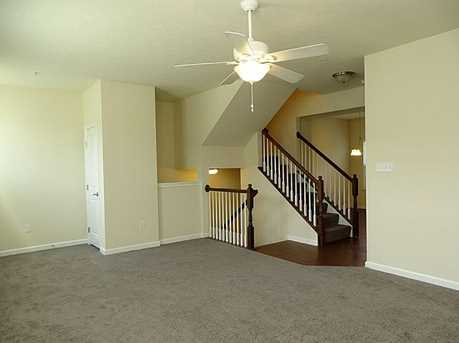 1163 Bayberry Dr - Photo 4