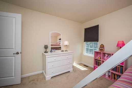 8040 Hinsdale Ln - Photo 18