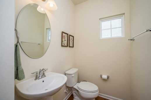 8040 Hinsdale Ln - Photo 8