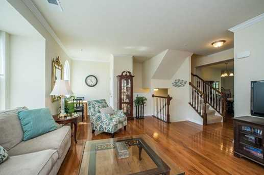 8040 Hinsdale Ln - Photo 6
