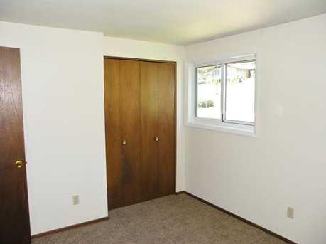 320 Pleasant Ave - Photo 12