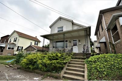 219 Division Ave - Photo 1