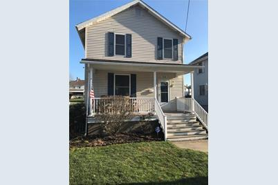 515 W Grant St Houston Pa 15342 Mls 1376206 Coldwell Banker