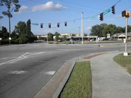 450 Savannah Ave - Photo 2