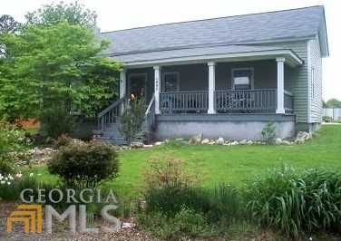 493 Lake Creek Rd - Photo 1