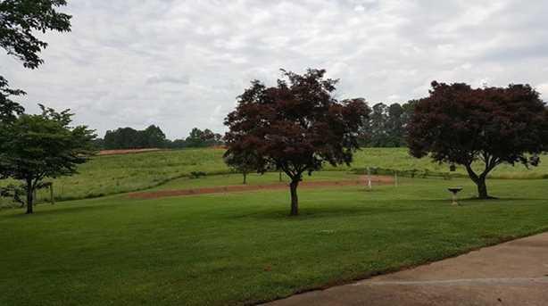 2537 E Cherokee Dr - Photo 4