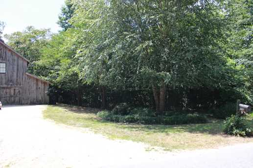 742 Old Post Rd - Photo 4