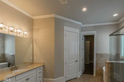 765 Henry Dr #15 - Photo 8