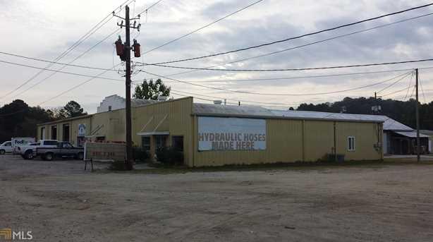 207 Savannah Ave - Photo 1