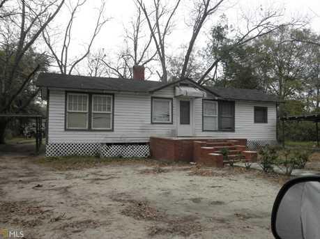 110 W Jones Ave - Photo 2