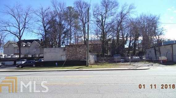 6067 New Peachtree Rd - Photo 2