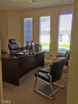 208 Corporate Dr - Photo 2