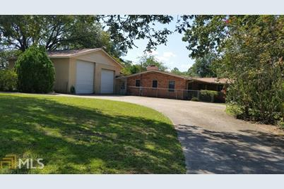 107 Archdale Dr - Photo 1