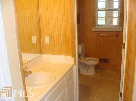 6385 Rockland Rd - Photo 10