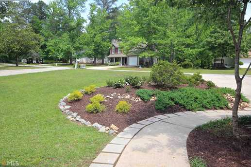 312 Brooke Wood Dr - Photo 2