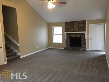 5061 Ravenwood Dr - Photo 4