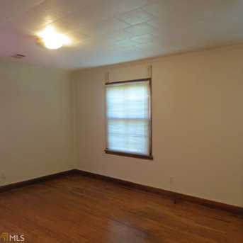 315 13th Ave - Photo 2