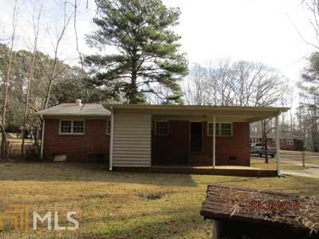 411 Leola Dr - Photo 2