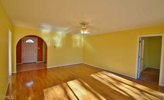 938 Charleston Ct #4 - Photo 6