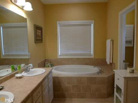 421 Myrtle Xing - Photo 12
